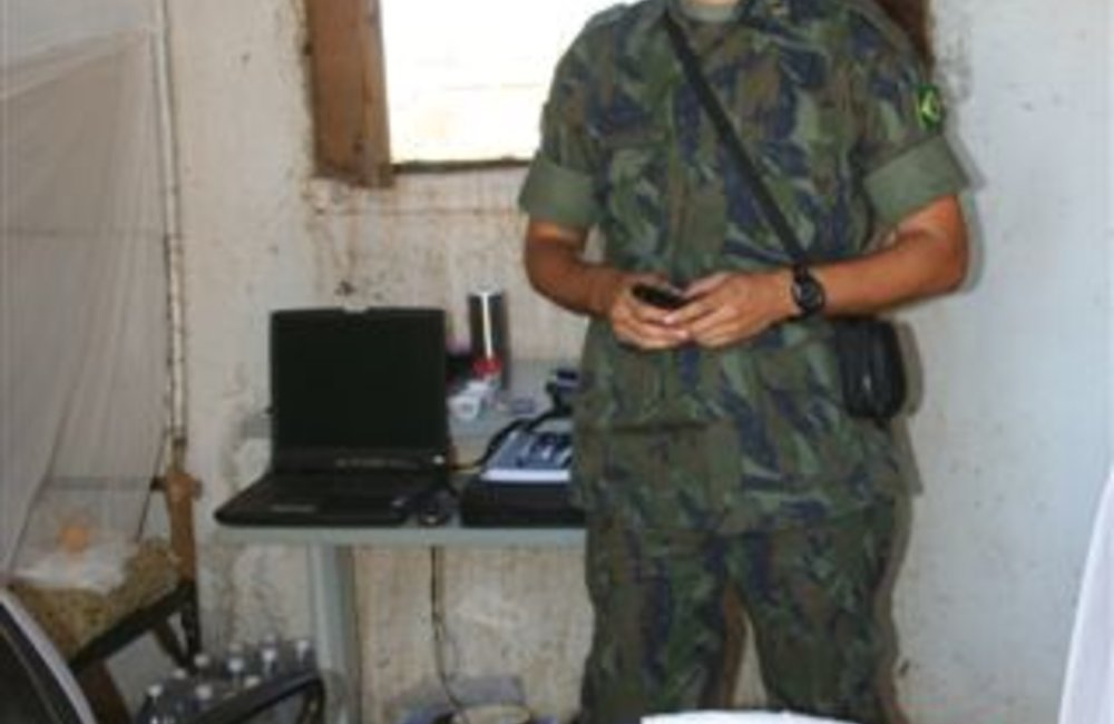 A Brazilian peacekeeper in his quarters in Tukul, Eritrea (UNMEE Photo: Ian Steele)
