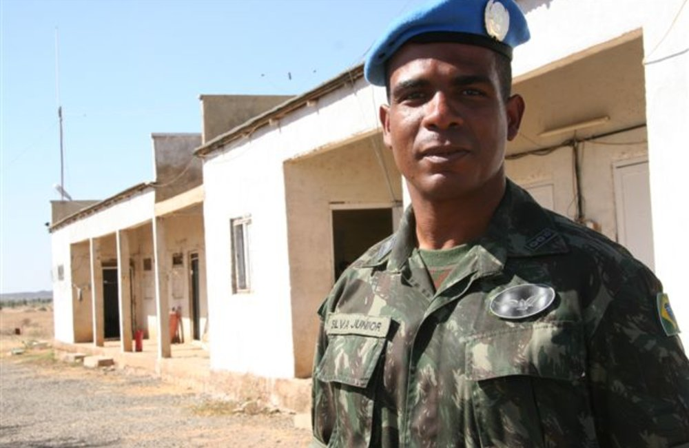 A Brazilian peacekeeper in Tukul (UNMEE Photo: Ian Steele)