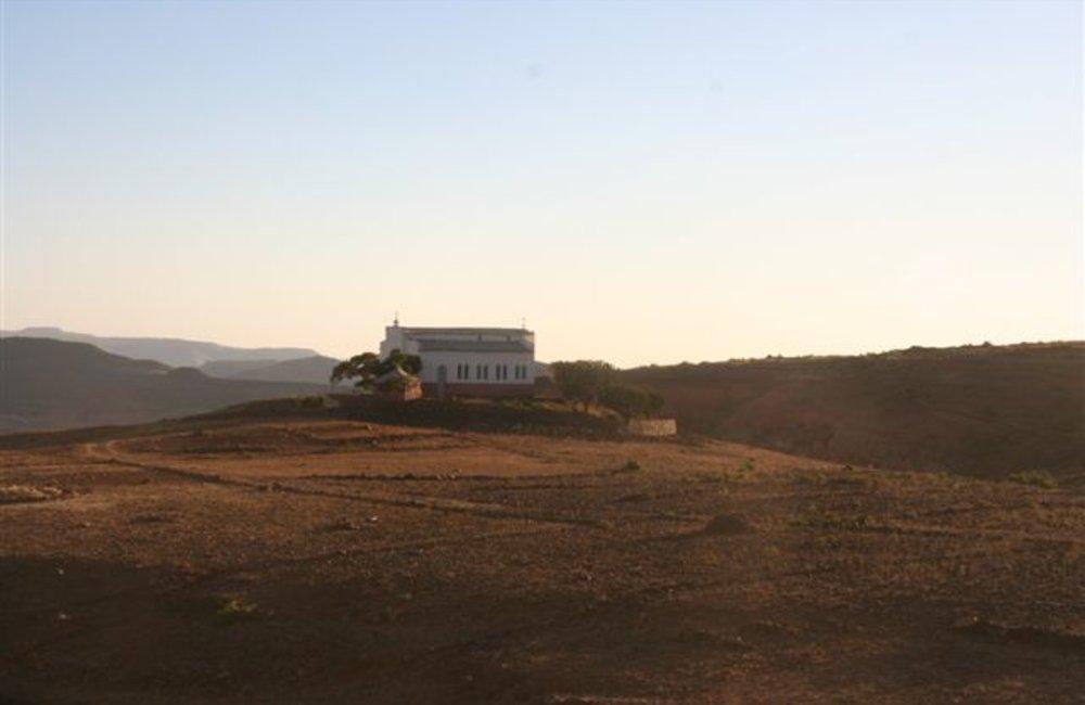 A church near Tukul (UNMEE Photo: Ian Steele)