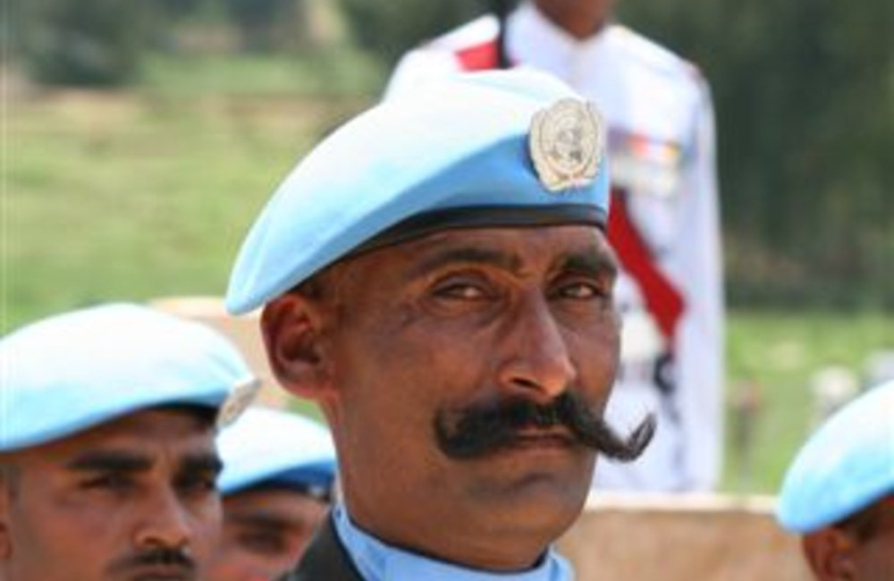 Peackeeper of the Indian Batallion, Grenadiers in Adigrat, Ethiopia 4 August 2007  (Photo: Ian Steele)